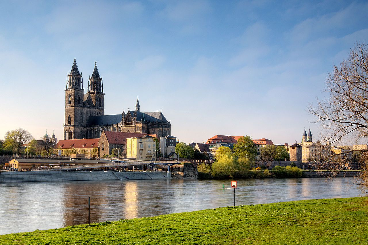 Magdeburg Low Saxon Meideborg ˈmaˑɪdebɔɐx Is The Capital City And The Second Largest City Of The State Of Saxony Anha Magdeburg Germany Historical Place