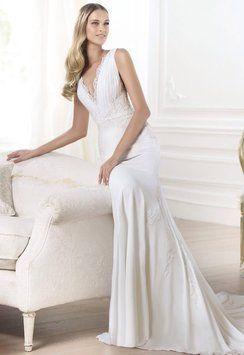 Pronovias Lamero Wedding Dress