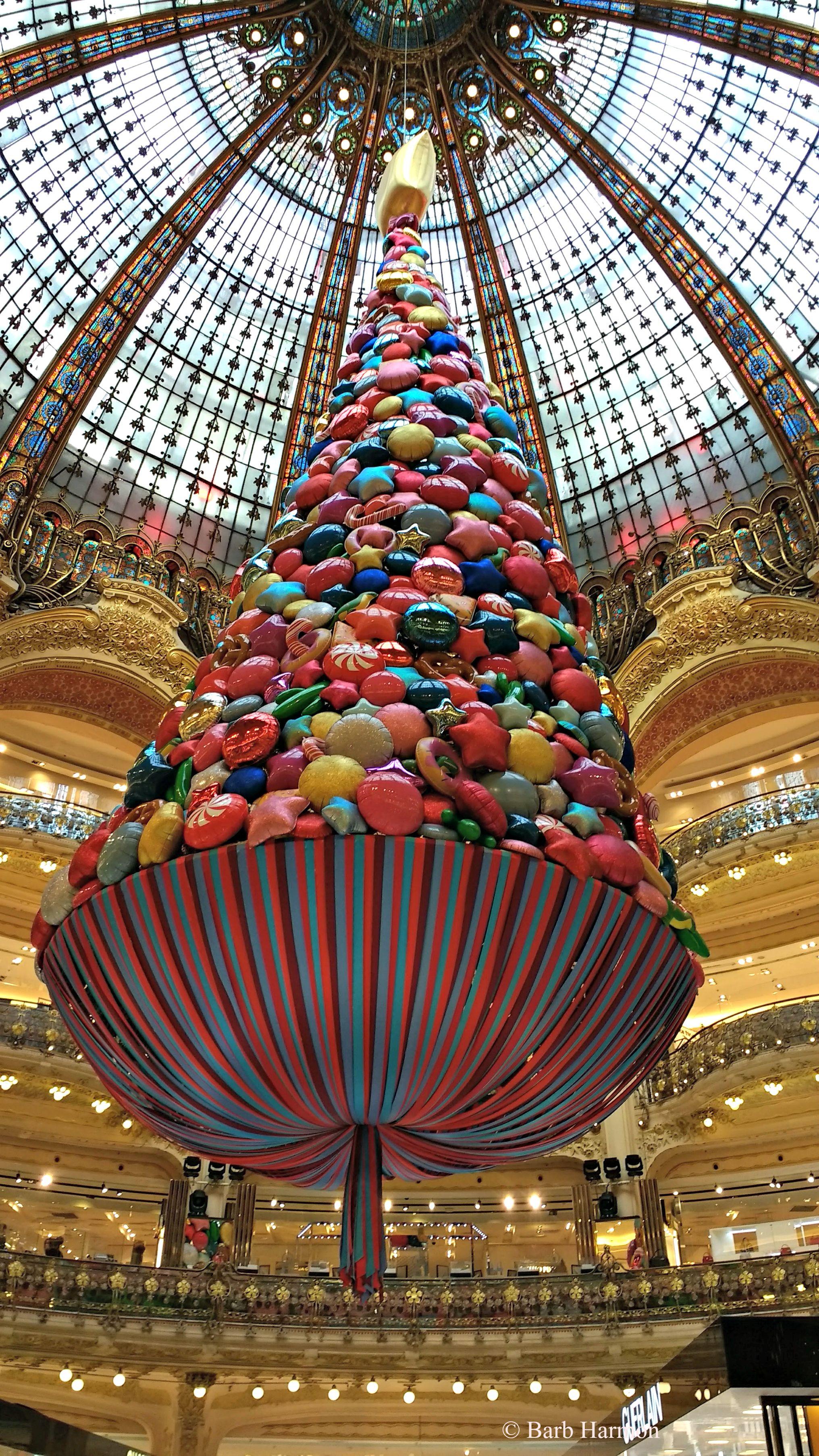 Christmas 2017 At Galeries Lafayette Paris Christmasinparis Galerieslafayette Lafayette Paris Christmas In Paris Paris Images