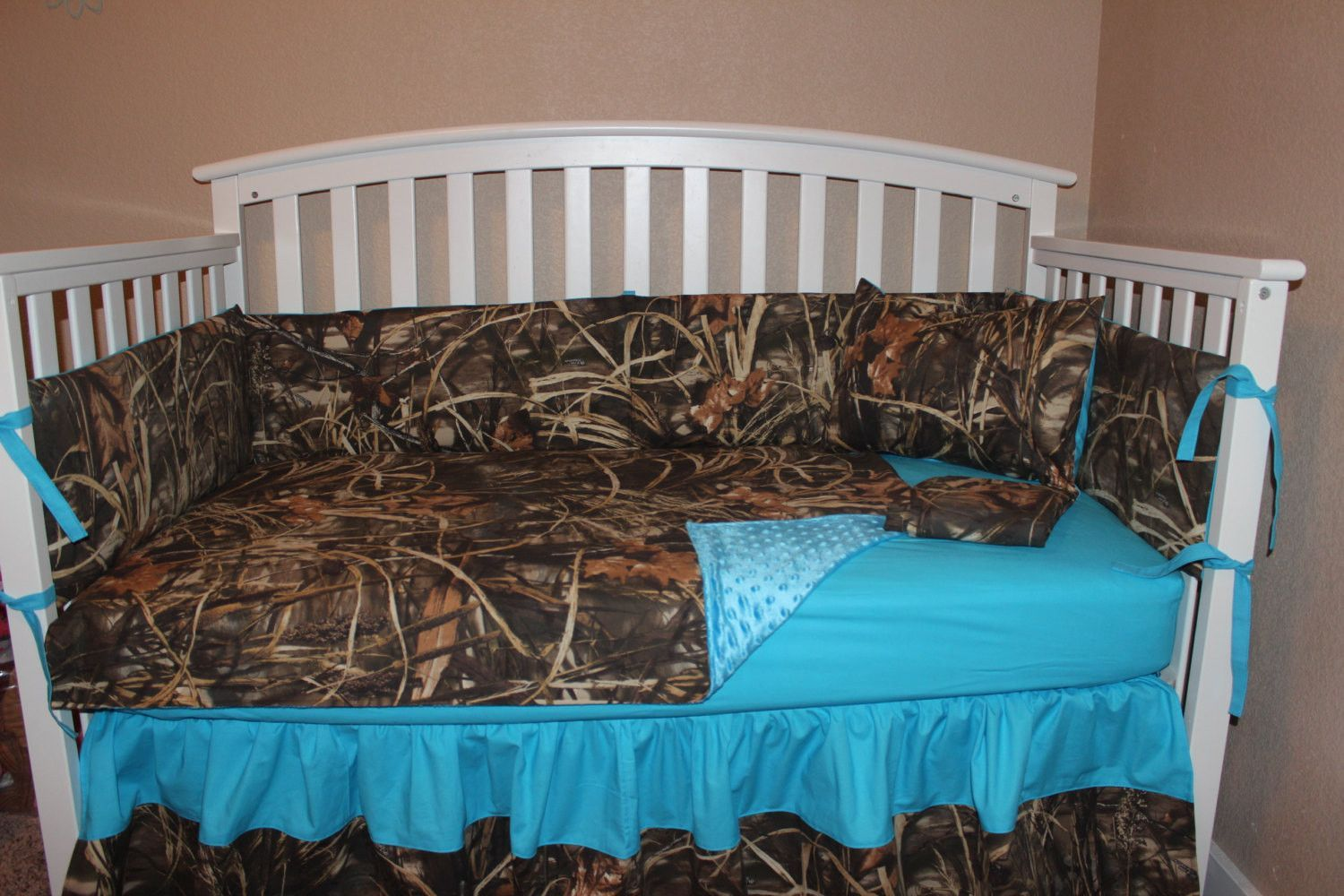 MAX 4 Camo Crib bedding set made with High Quality combed