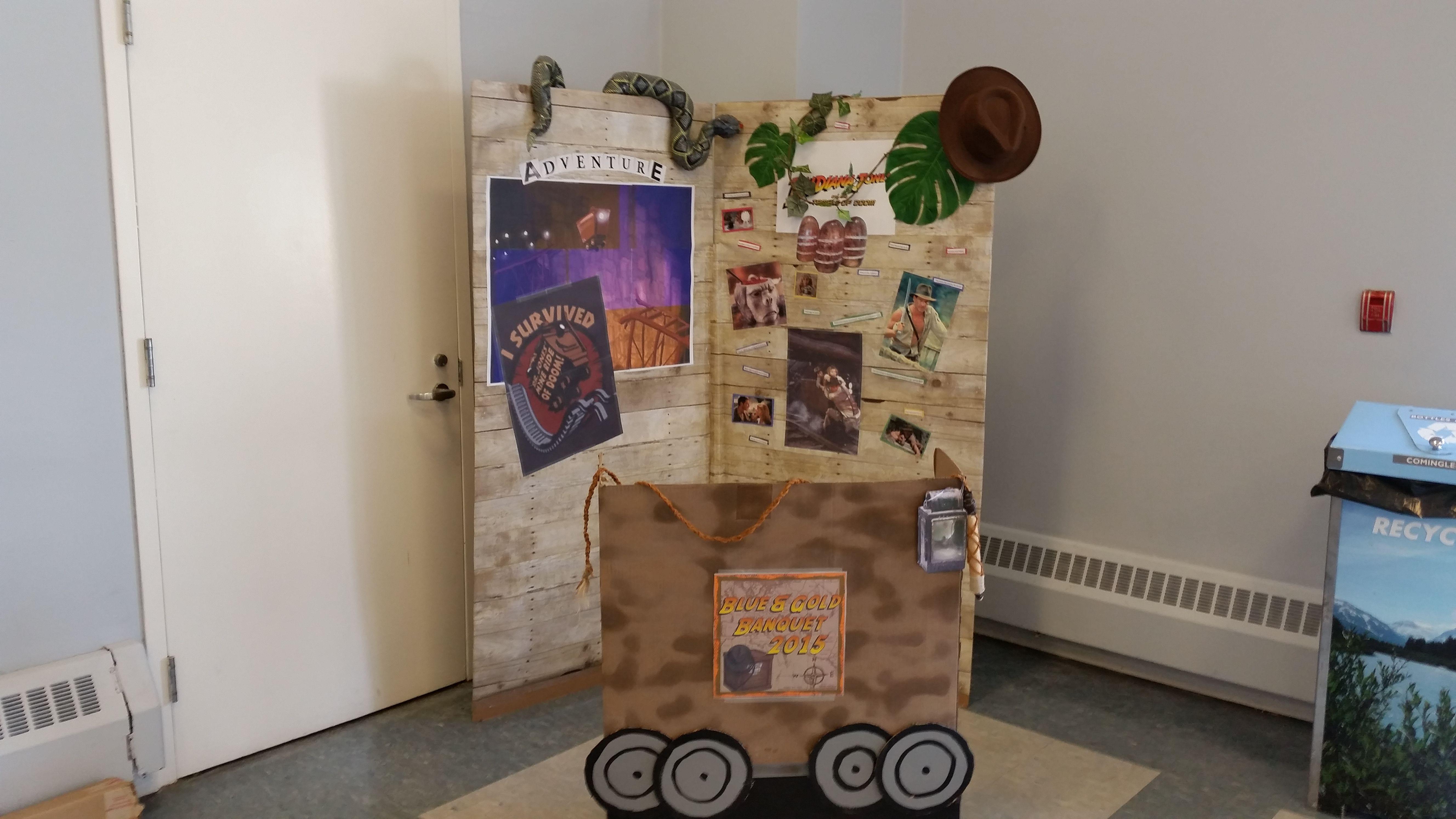 indianjones birthday party invitations printable%0A Indiana Jones Photo booth