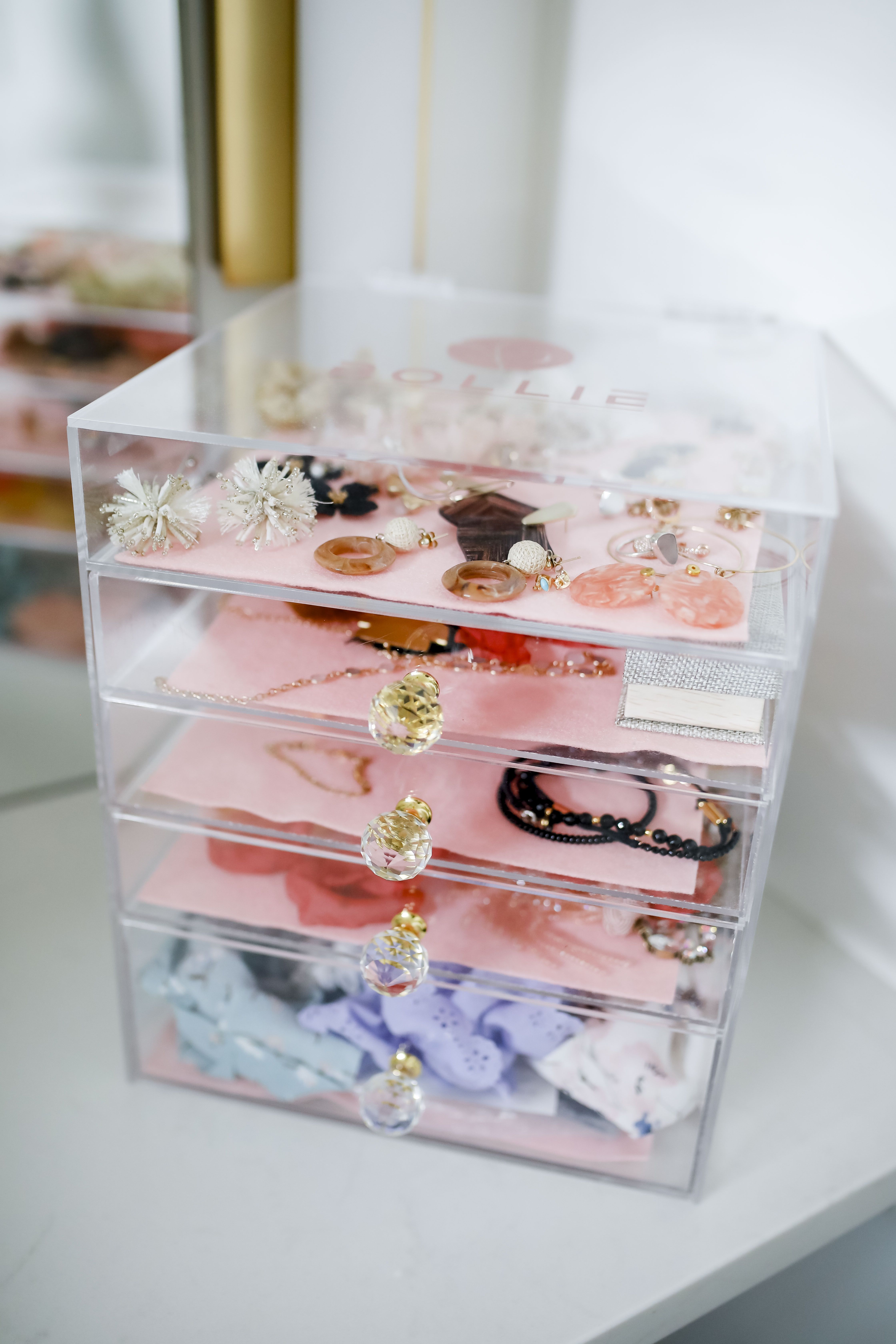 Acrylic Case Hair accessories storage, Beauty and the