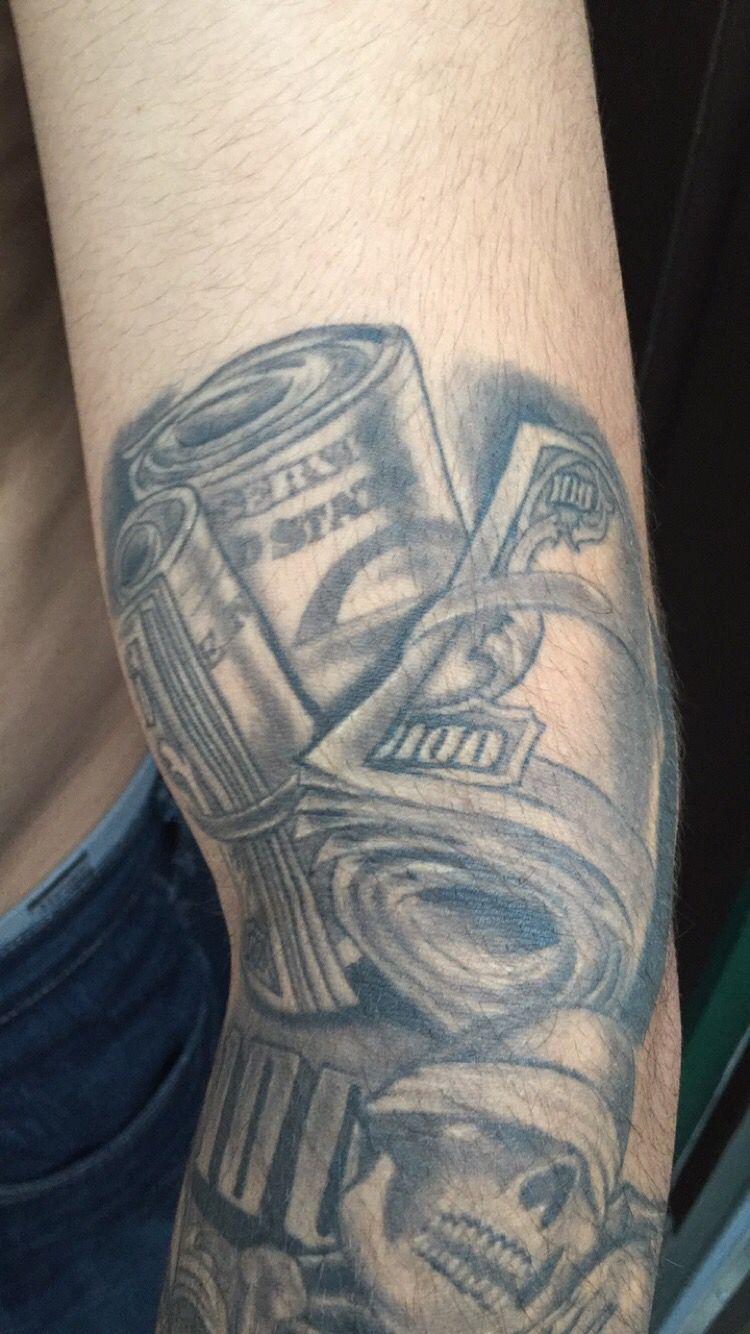 money roll tattoo i did tattoos pinterest tattoo and money tattoo rh pinterest com Money Stacks Tattoo Rolls of Money Tattoo Flash