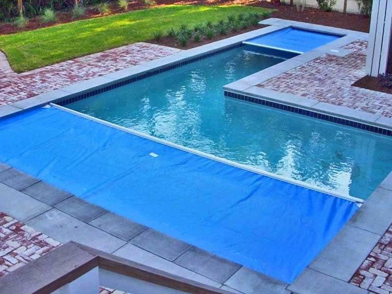 Keep Your Pool Safe Clean Auto Cover Infinity 4000 Pcs Pool Cover Automatic Pool Cover Safe Pool