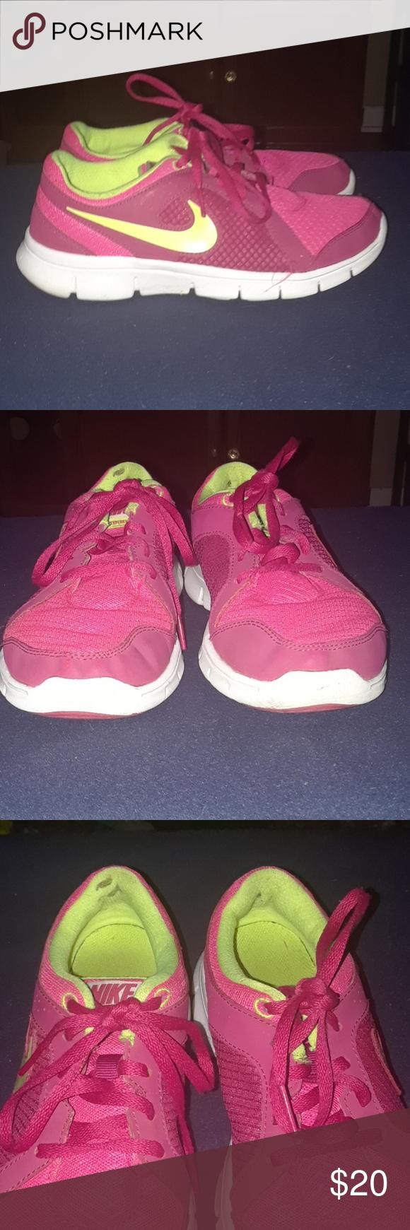 619b78eb6ed0f Pink and neon Nike flex experience RN 2 Nike flex size 6.5W 4.5Y Nike