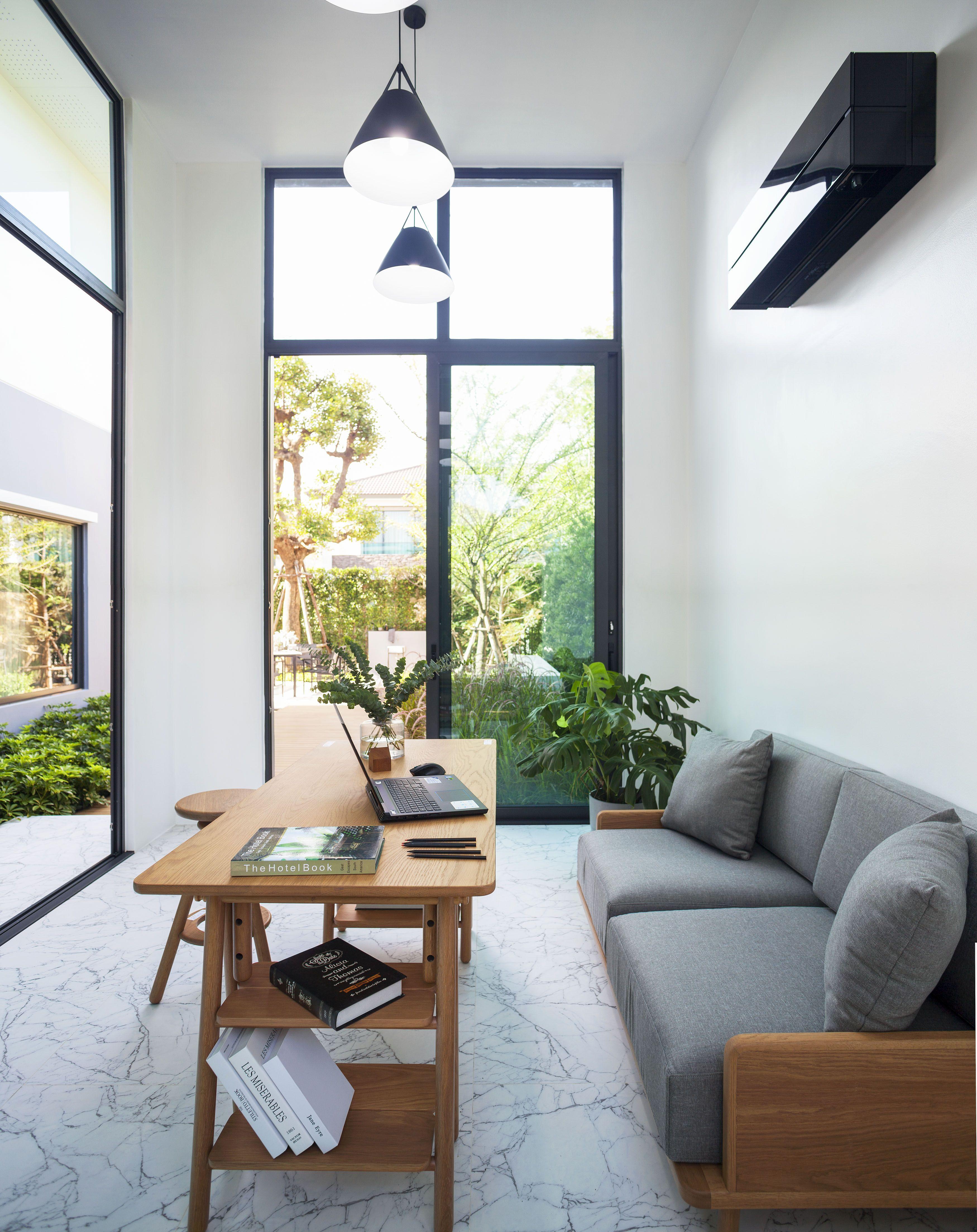 Ging Studio In Garden
