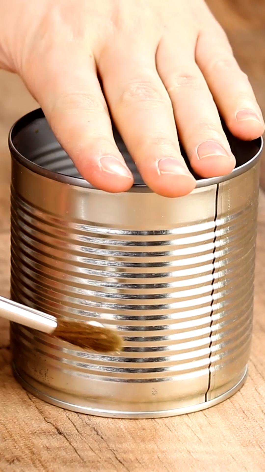 3 stylische Ideen für leere Konservendosen.
