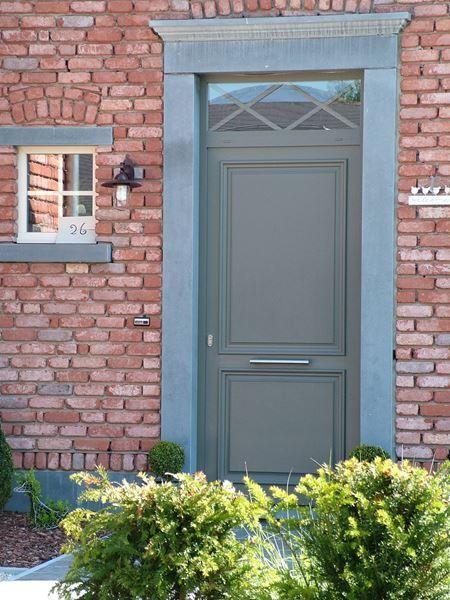 Porte du0027entrée en bois exotique clair Zilten, modèle Chalons avec - dimensions porte d entree