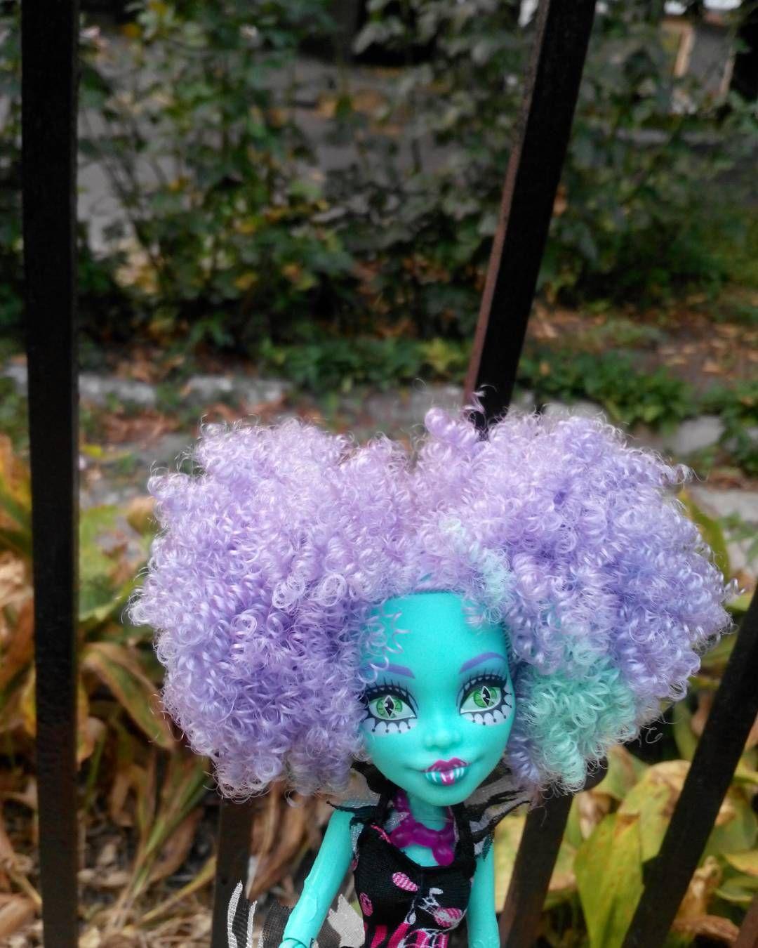 """#monsterhigh #mh #honeyswamp #freakduchic #doll #монстерхай #мх #ханисвомп #фрикдушик #кукла"""
