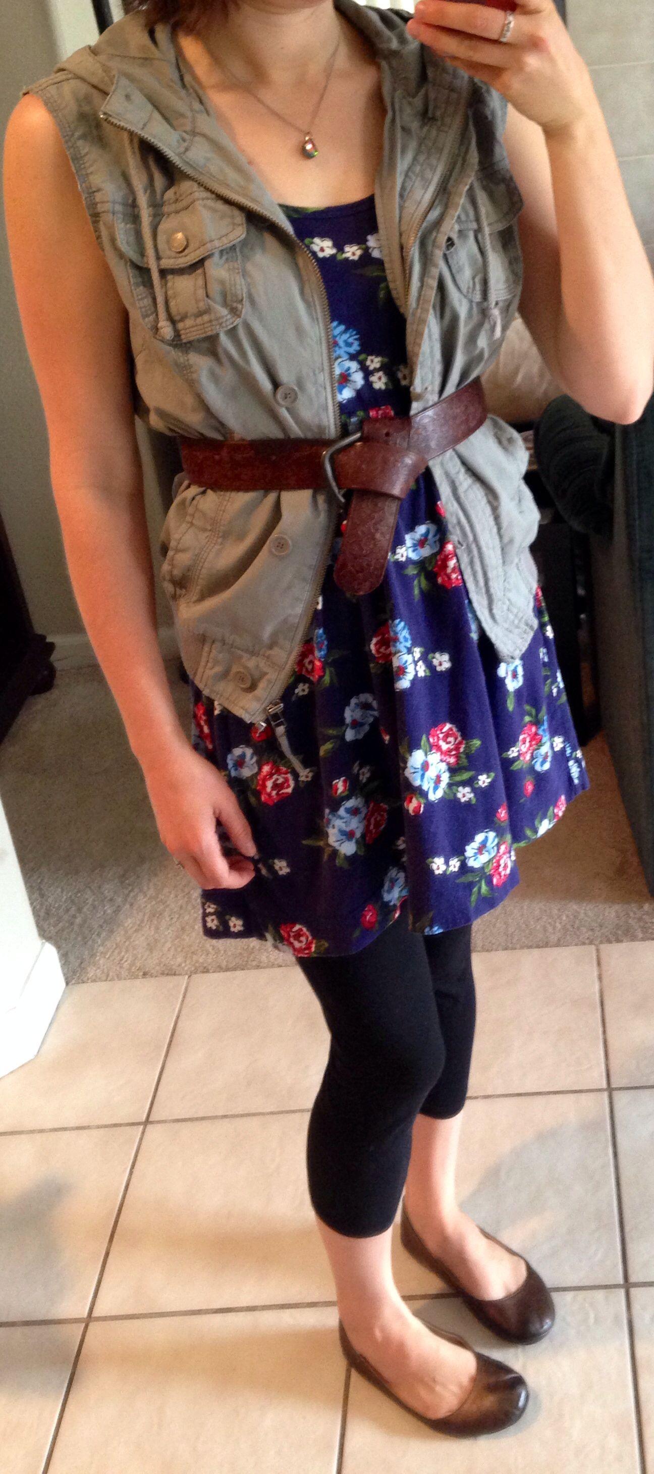 be6581394d6 Navy Floral Dress Black Tights