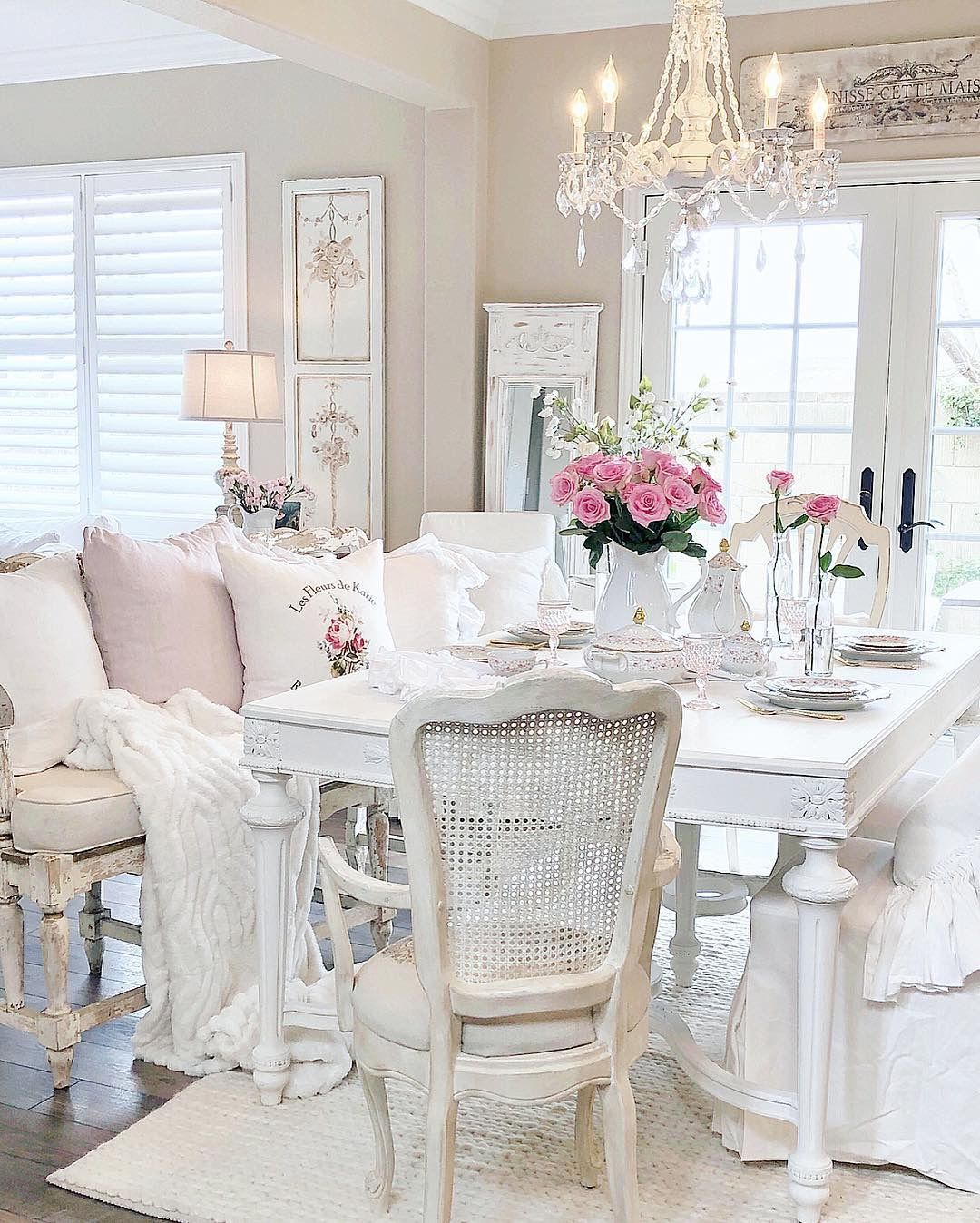 pin by beth greenwell on cottage in 2019 shabby chic dining room rh pinterest com