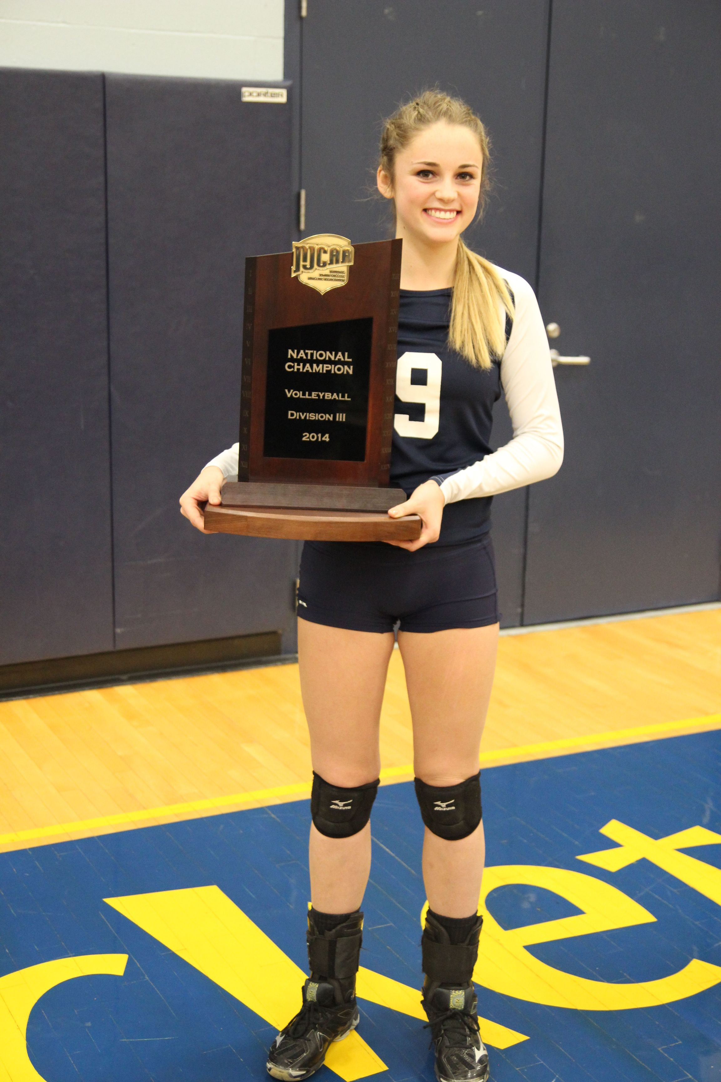 Njcaa Diii First Team All American Hannah Grahn With The National Championship Trophy Grahn Was Also A Part Of Women Volleyball One Team National Championship