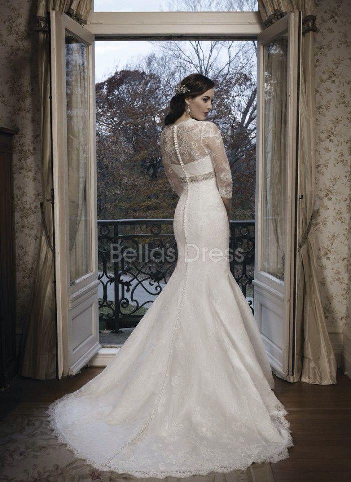 Image from http://cherrymarry.com/wp-content/uploads/2014/08/modest-mermaid-lace-wedding-dress-with-3-per-4-sleeves.jpg.