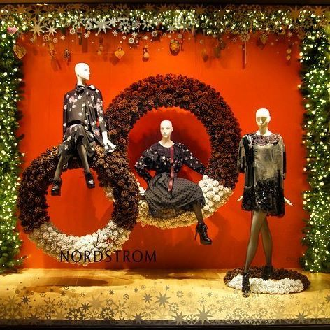 Nordstrom Seattle Washington Perhaps The Best Yulitide Decoration Is Wreathed In Smiles Th Window Display Design Fashion Window Display Christmas Display