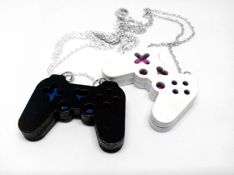 Cute miniature heart controller 1piece gamepad necklace pendant cute heart shaped video game controller gamer necklace pendant console aloadofball Choice Image