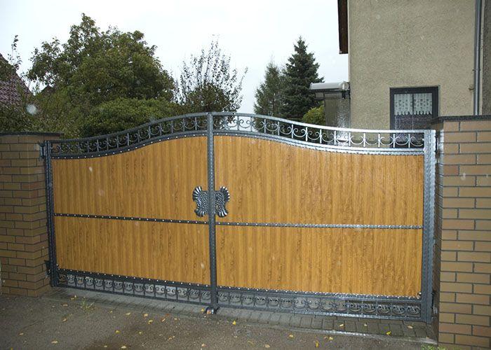 Portones de madera y metal nosotros pinterest for Puertas y portones de madera