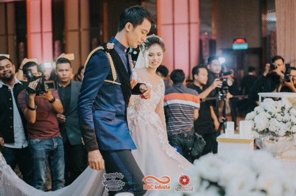Real Weddings Singapore: Singapore Singer-Actor, Aliff Aziz & Dayang Ara Nabellah