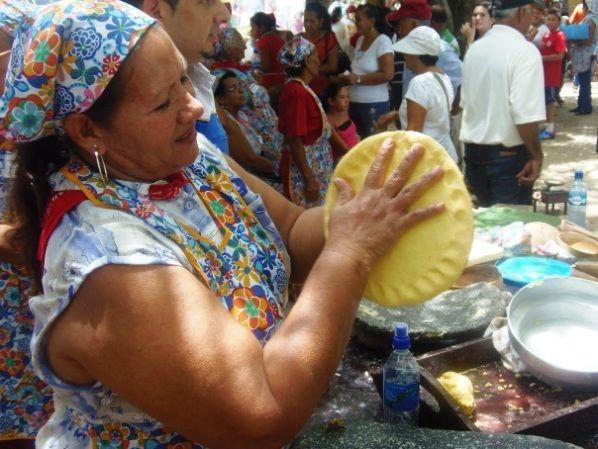 VII edición de Festival de la Tortilla: María Jesús Chavarría, vecina de Juan Díaz de Nicoya, resultó ganadora por tercera ocasión consecutiva.