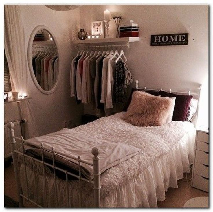 43 Easy Decoration Ideas For Small Bedroom Check more at https://wohnung.beautyforladies.club...