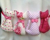 Girlande 4 rosa Katzen: Dekoration für Kinder von Emmanuel-Kreation. kein diy