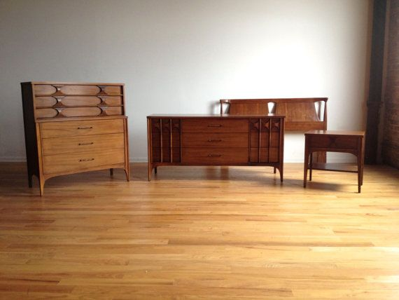 Mid Century Modern Dresser Set By Kent Coffey Perspecta Solid - Kent coffey bedroom furniture