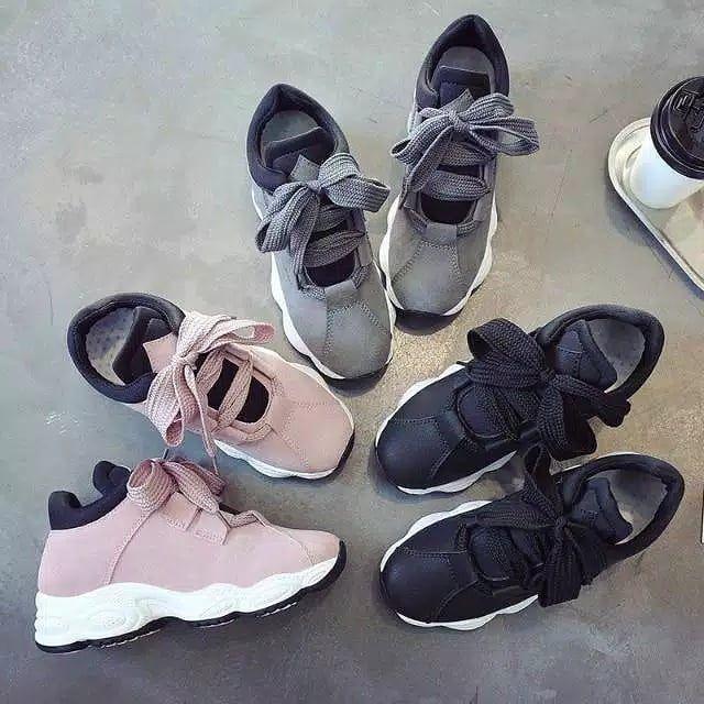 Sepatu Sneakers Wanita Casual J09 Deskripsi Produk Warna Pink
