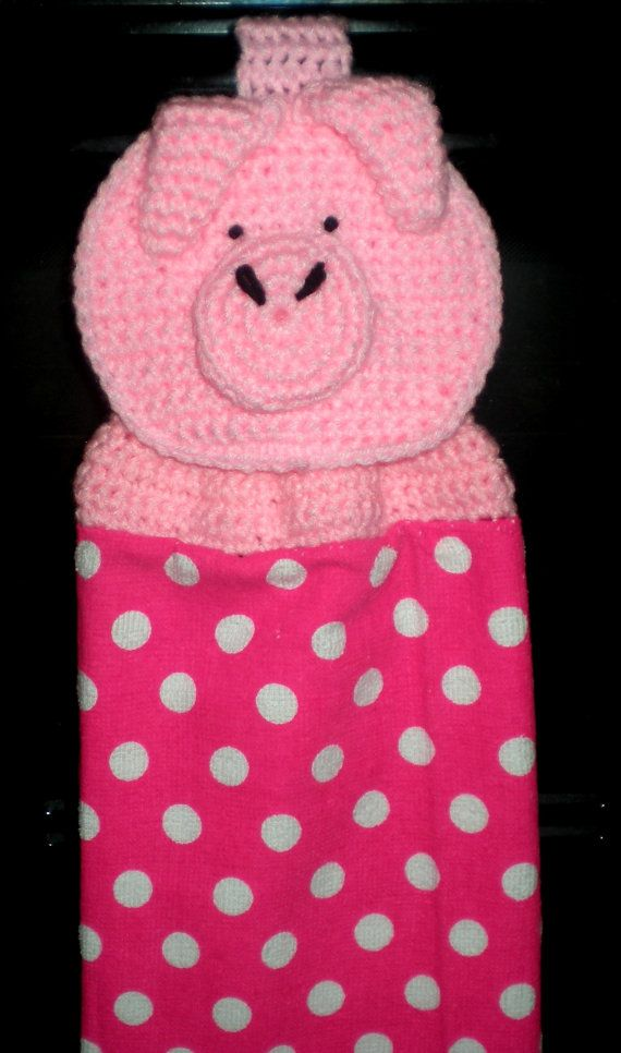 Hanging Towel topper Crochet Pig | Stuff | Pinterest | Toallas ...