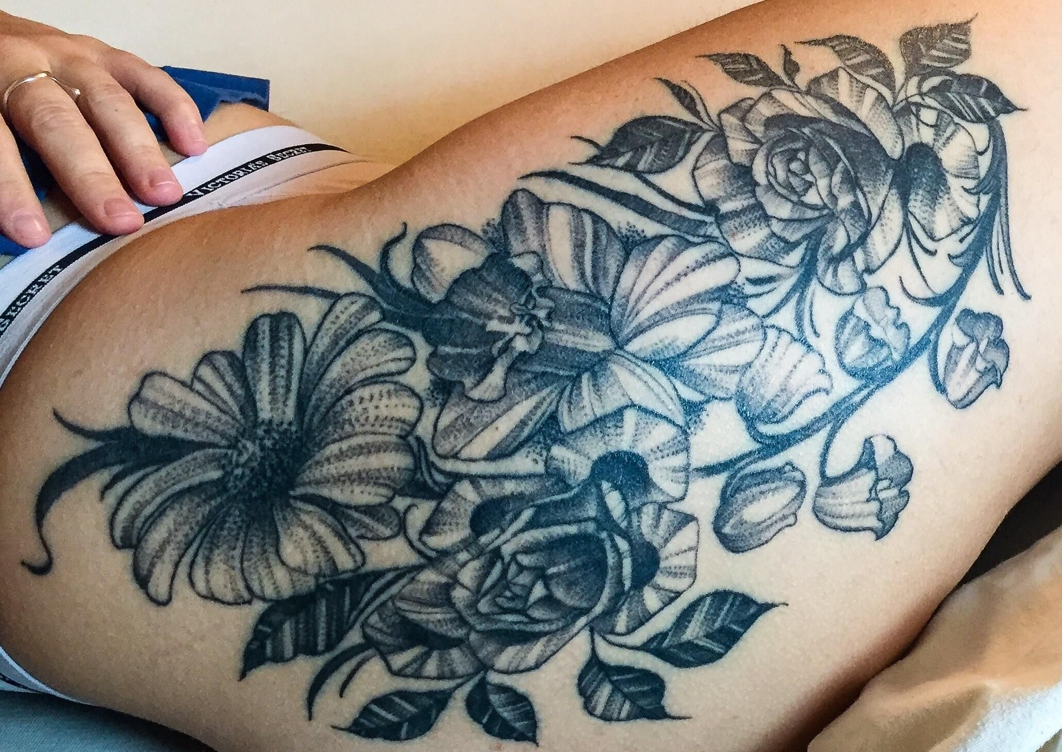 I Got Some Roses A Daffodil Lily Of The Valley And A Daisy Done By