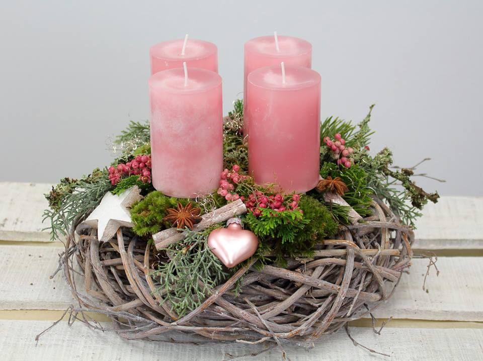 adventskranz rosa liebe aus gek lkten weidenzweigen mit. Black Bedroom Furniture Sets. Home Design Ideas