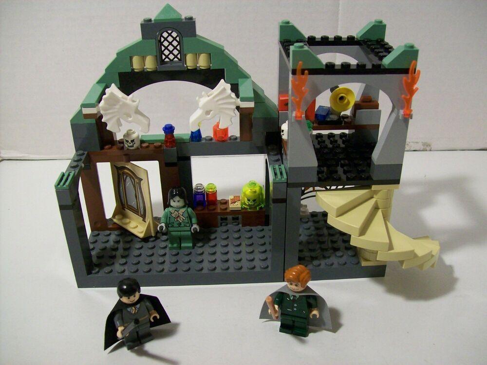Lego 4752 Harry Potter PROFESSOR LUPIN'S CLASSROOM ...