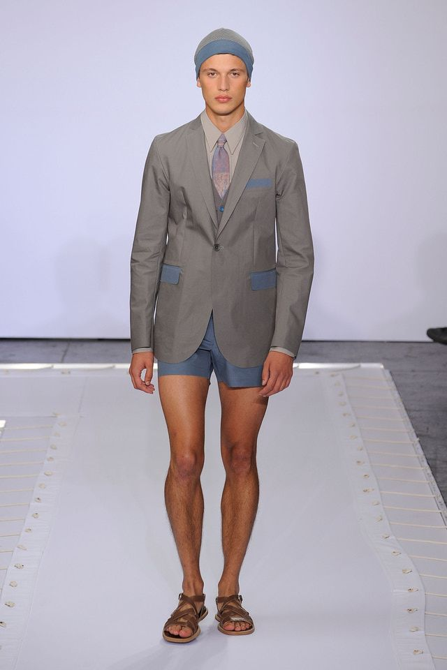 10 Worst Men's Fashion Trends of the Decade: Suit jackets ...