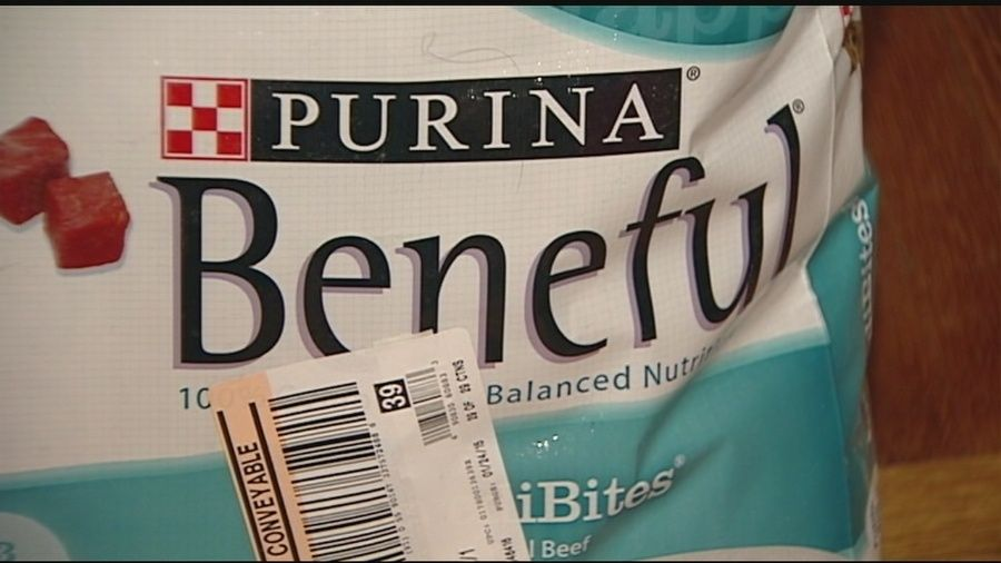 Purina Sued For Allegedly Killing 4 000 Dogs With Toxic Food