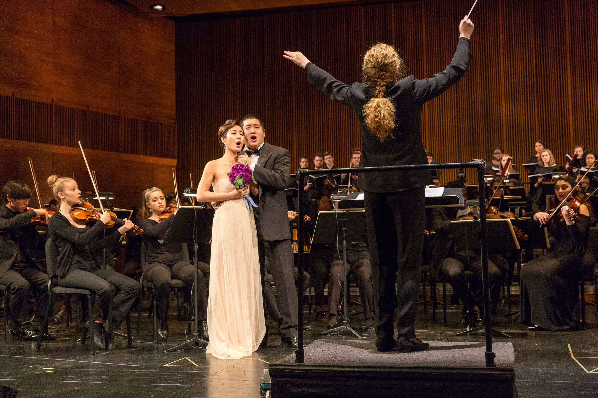 Review Bellini's 'La Sonnambula,' Sung by Promising Young