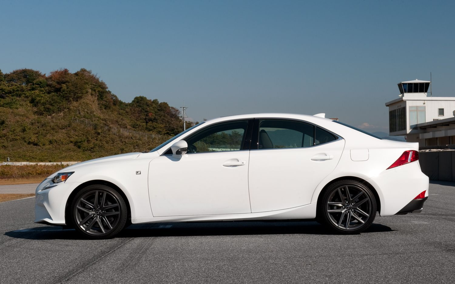 2014 Lexus IS 350 F Sport Wallpaper for Desktop Lexus