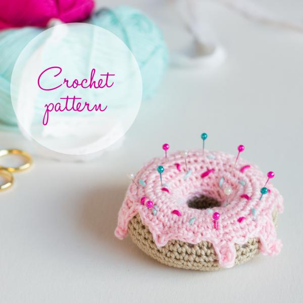Crochet Amigurumi Donut – Free Pattern   Sebastian   Pinterest ...