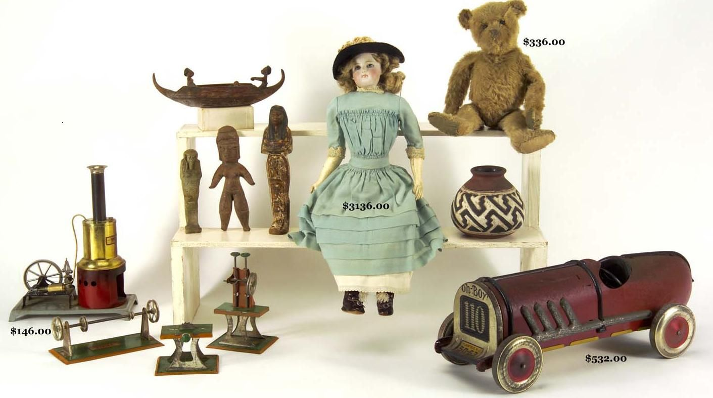 Old Toys And Classic Games For A Dip Into Past Amusements Old Toys Vintage Toys Toy Collection
