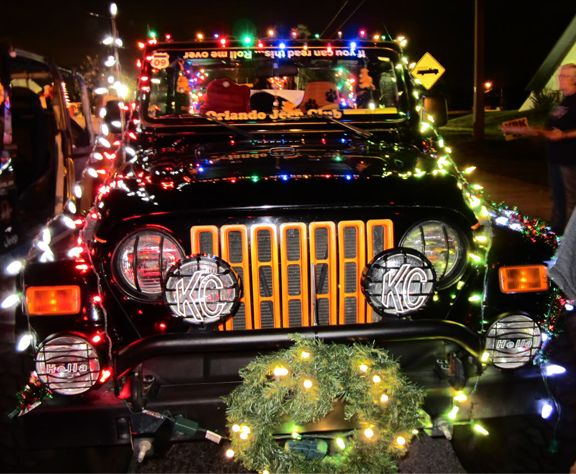 Parade Decorated Jeeps Google Search Jeep Outdoor Christmas Christmas Car