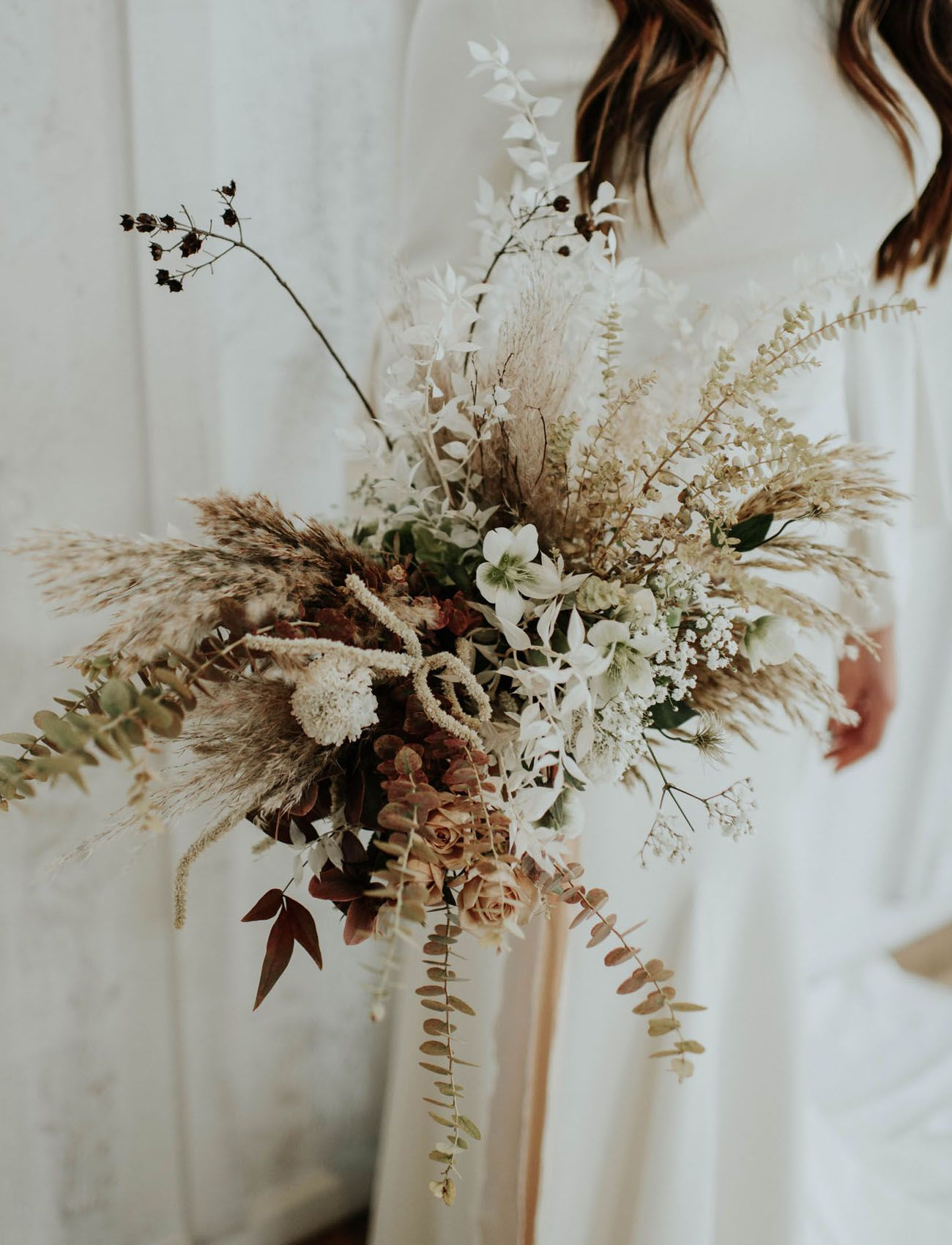 Muted Modern Wedding Inspiration With Dried Flower Arrangements Green Wedding Shoes Wedding Flower Trends Flower Bouquet Wedding Dried Flower Bouquet