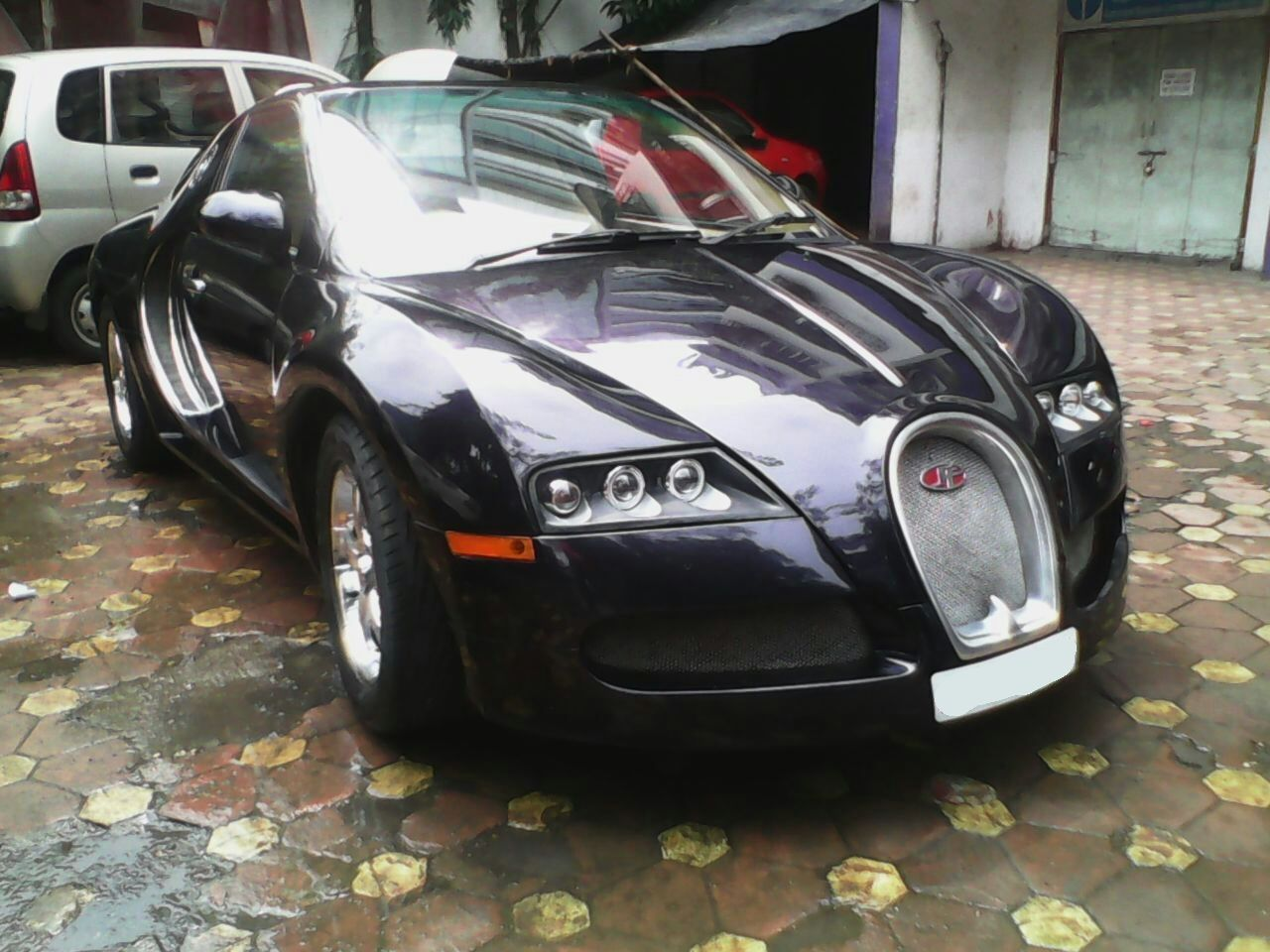 Kings Of Car Hire Provide Bugatti Car On Rent In Mumbai Visit Http - Sports cars to hire