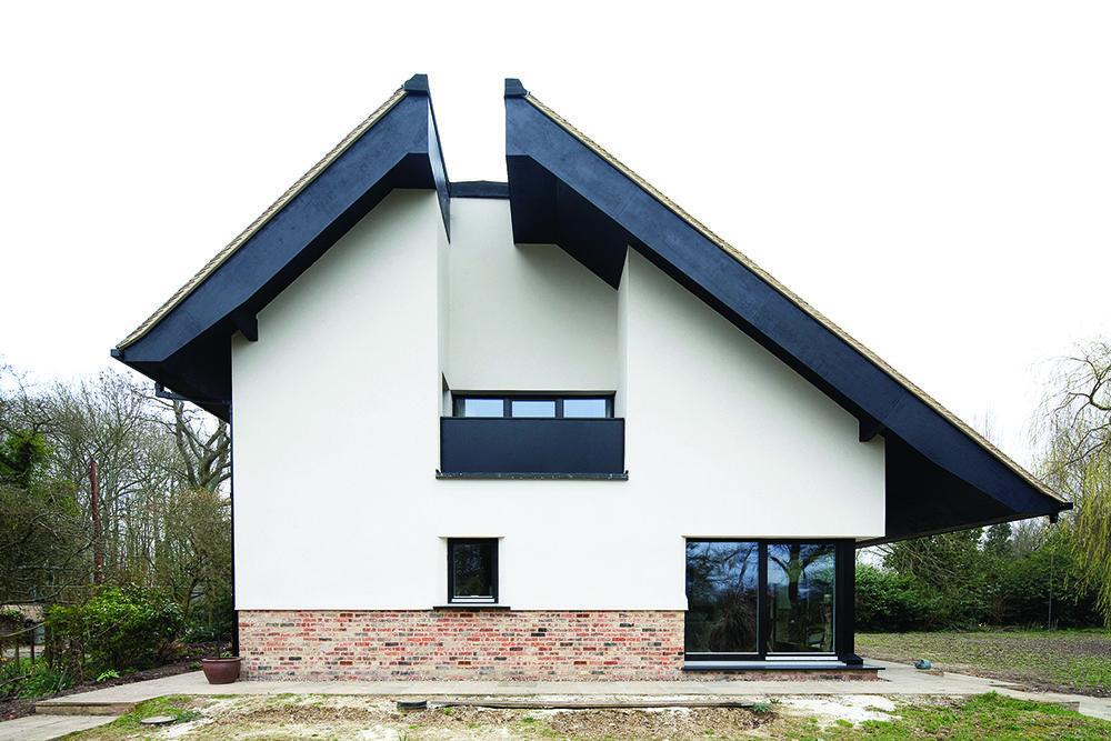 Prich Jtate Surrey 6861 Low House Design New Homes
