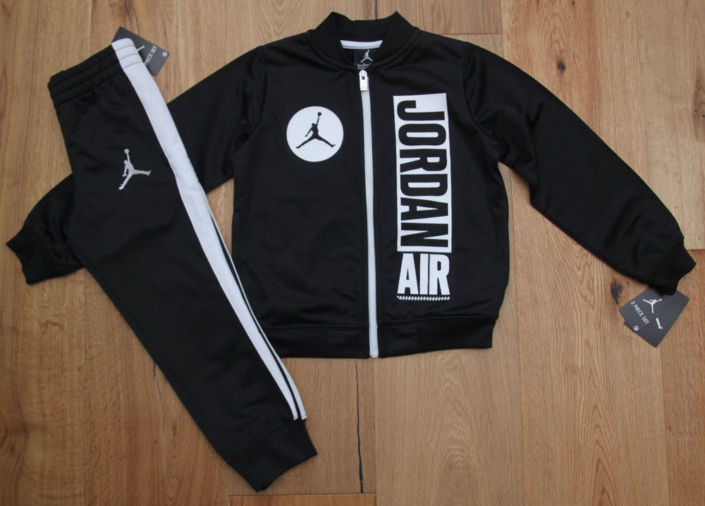 29a1750fcbe Air Jordan Boy 2 Piece Jogging Set ~ Tracksuit ~ Black & White ~ Jumpman # Jordan #Jumpman #TrackSuit #JoggingSet