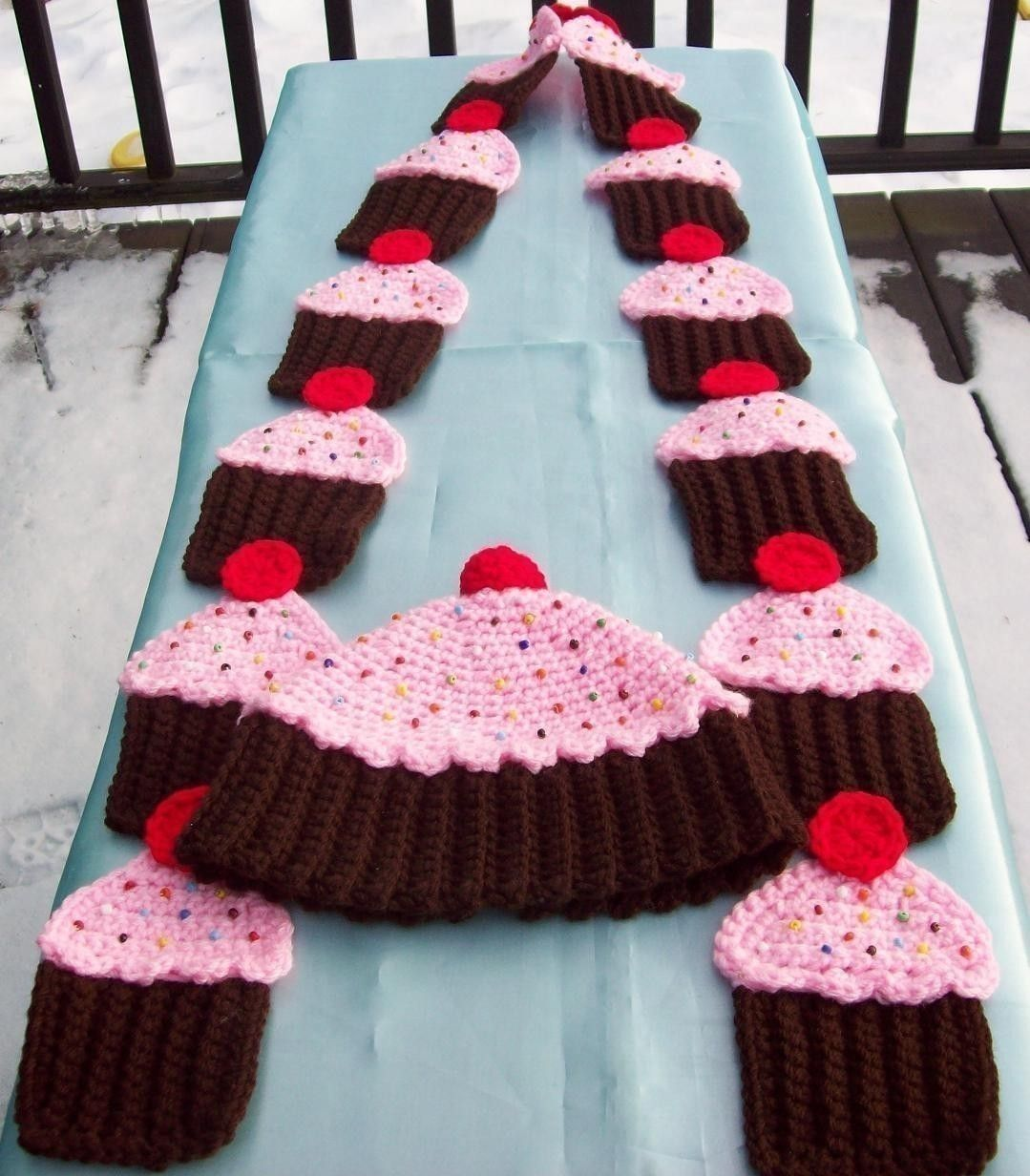 Penguin crochet pattern by amy gaines crocheting ideas labores crochet cupcake scarf and hat for the cupcake queen bankloansurffo Images