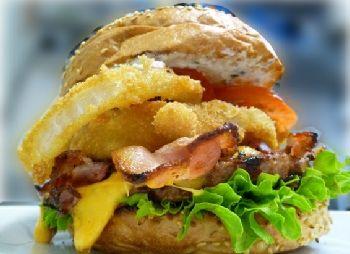 Burgerie http://www.burgerie.com/ http://www.yelp.com/biz/burgerie-berlin