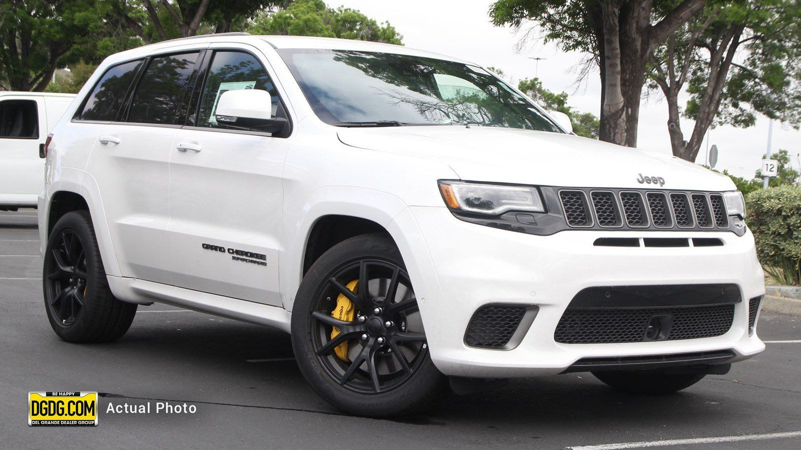 Pin By Roshard Rolle On Future Cars Jeep Grand Cherokee Jeep Grand Cherokee Srt Jeep