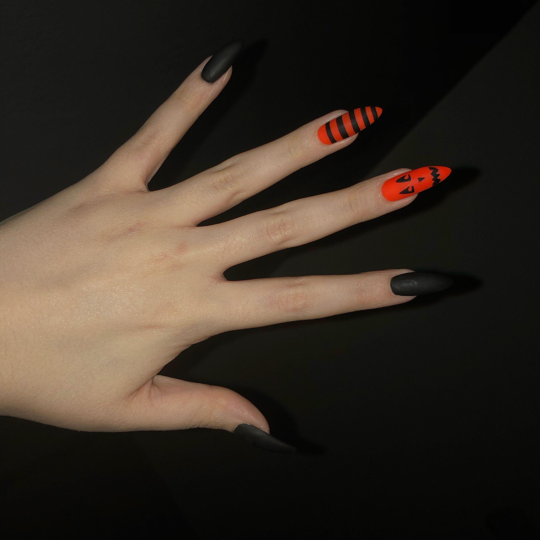 cute little pumpkin inspired black and orange halloween ...