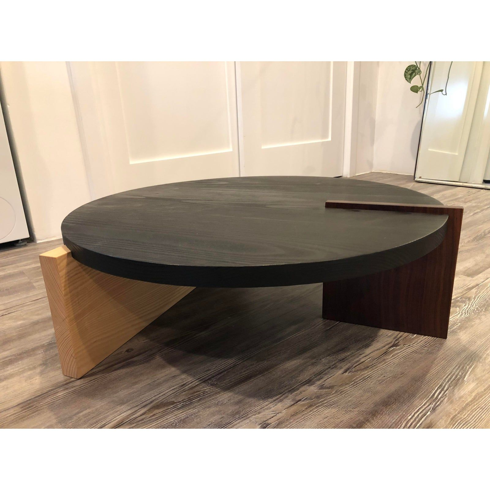 Contemporary Grain Design Round Wood Coffee Table Chairish Coffee Table Round Wood Coffee Table Table [ 1600 x 1600 Pixel ]