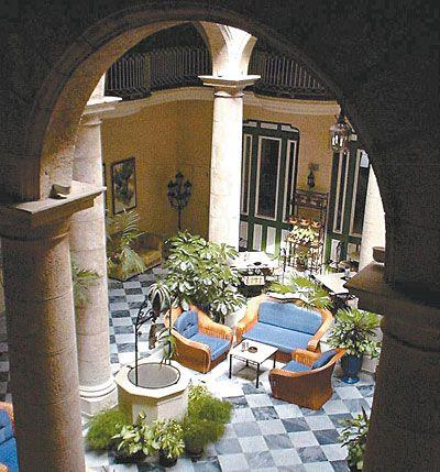 Imagenes de patios coloniales fotos presupuesto e - Fotos de patios de casas ...