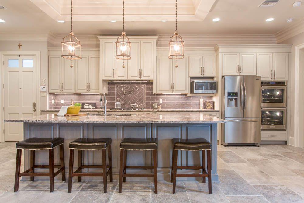 White Torroncino Granite Kitchen With Subway Tile Backsplash #kitchen # Granite #countertop #subwaytile #backsplash #porcelain #floor