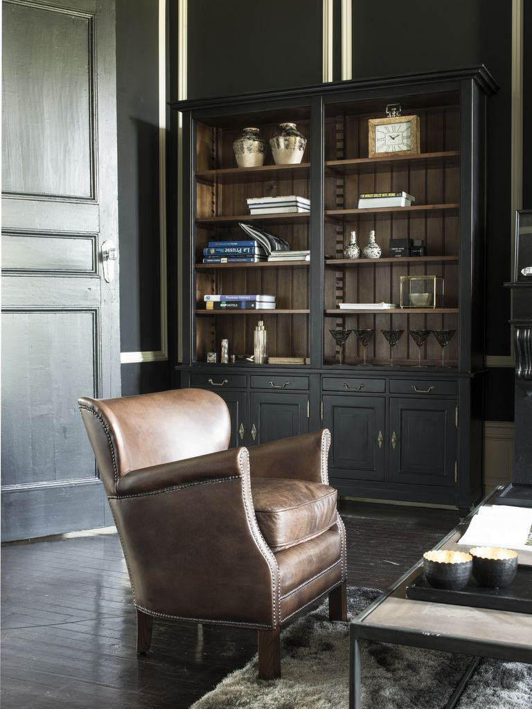 So British La Deco Esprit Club Anglais Joli Place En 2020 Salons Anglais Meuble Anglais Bibliotheque Noire