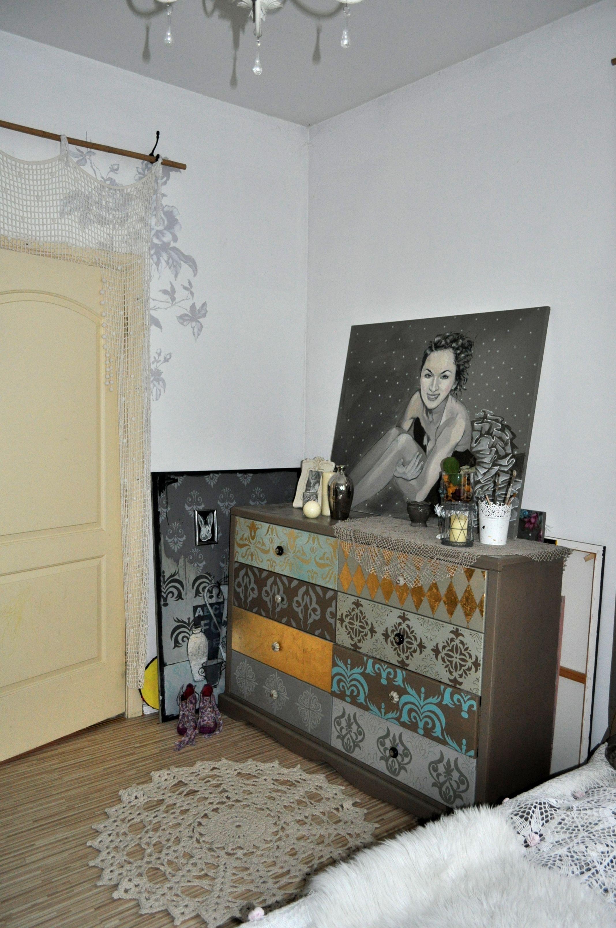 Painting in interior By Ilze krastiņa
